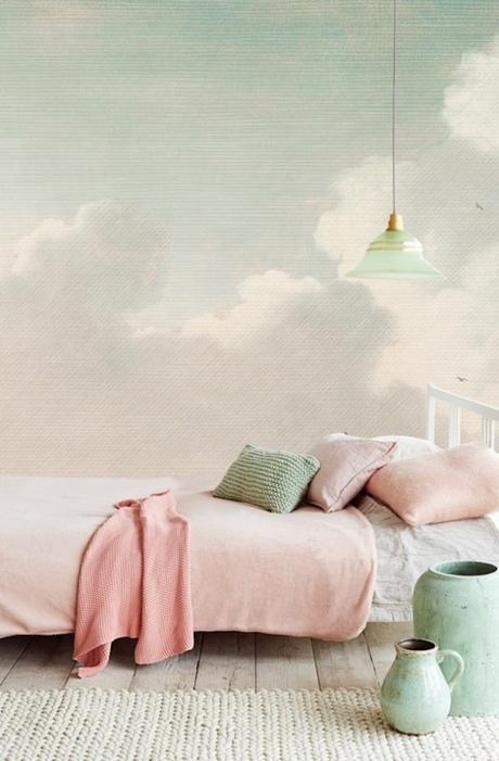 chambre rose et verte lit chambre cocooning nuages papier peint original - blog déco - clem around the corner
