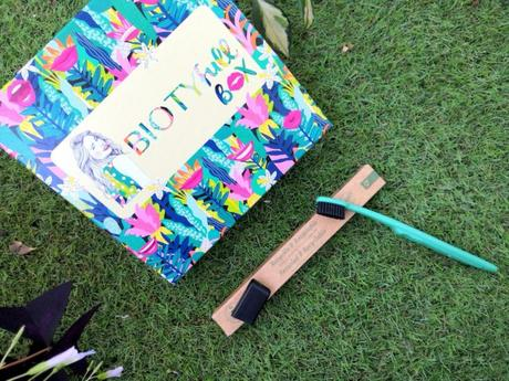 Notre avis sur la Biotyfull box de septembre toute en sourire !