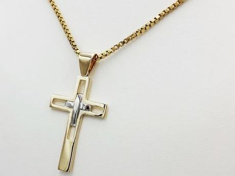 pendentif croix or 18 carats