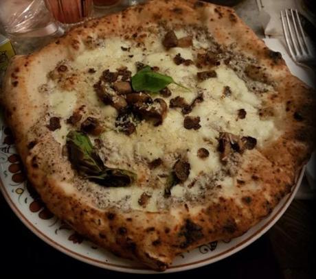 pizza  a la truffe