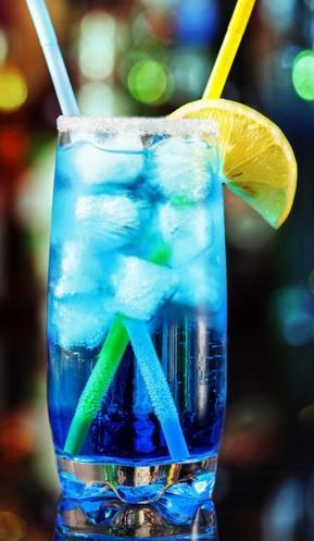 Cocktail sans alcool bleu