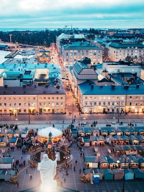 place du marché kauppatori immeuble Helsinki Torikorttelit visite adresse design blog déco clematc