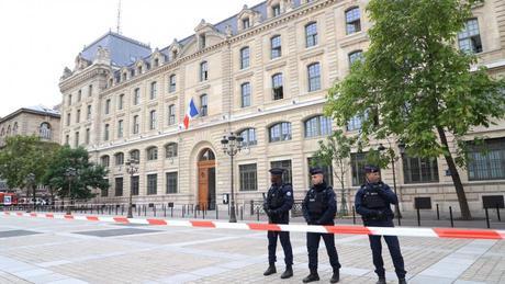 Mise en place d'une commission d'enquête parlementaire après l'attaque de la préfecture de police à Paris
