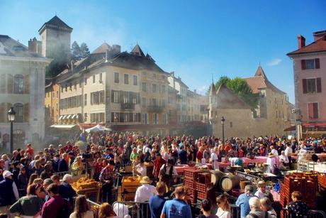 Descente des Alpages à Annecy © French Moments