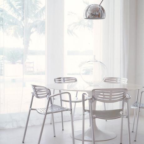 table tulipe blanche eero saarinen icône design - blog déco - clematc