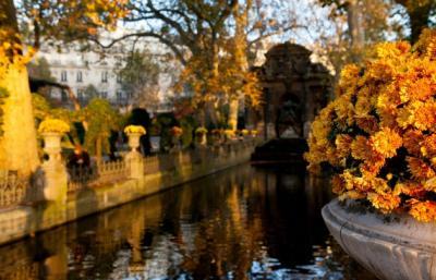 Olivier Rolin |  [Le jardin du Luxembourg, centre de mon zodiaque]
