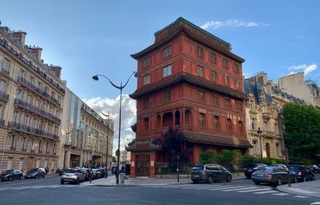Zhou Enlai, un dragon et une pagode chinoise: la Chine à Paris