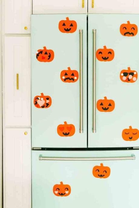 déco diy halloween facile collage papier citrouille - blog déco - clem around the corner