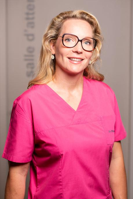 Portrait photo chirurgien plasticien Grenoble