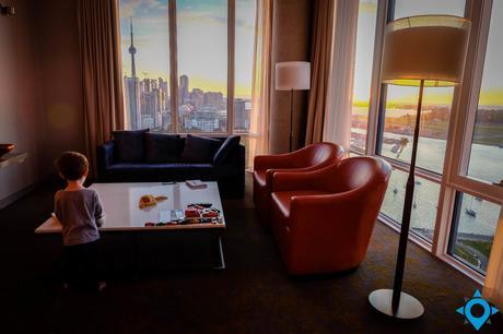 toronto x hotel sunrise