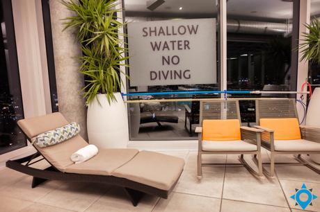 pool toronto x hotel