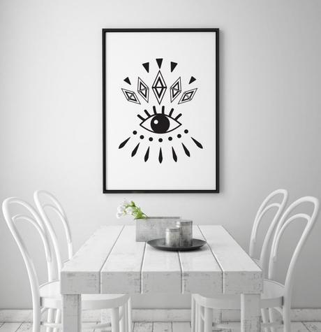 déco oeil tableau noir salon blanc style scandi table bois blanche