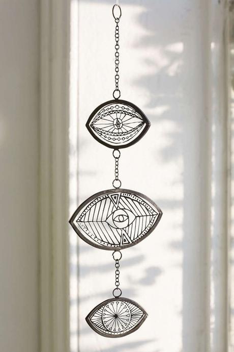 clemaroundthecorner suspension mobile verre métal noir déco oeil salon style bohème ethnique