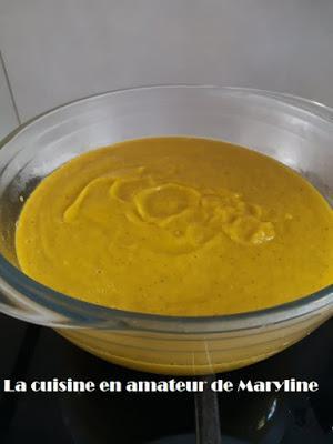 Soupe de courgettes, salade et carottes