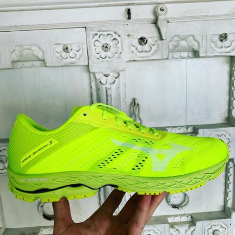 Les chaussures running WAVE SHADOW 3 de chez Mizuno : aussitôt reçues, aussitôt shootées !