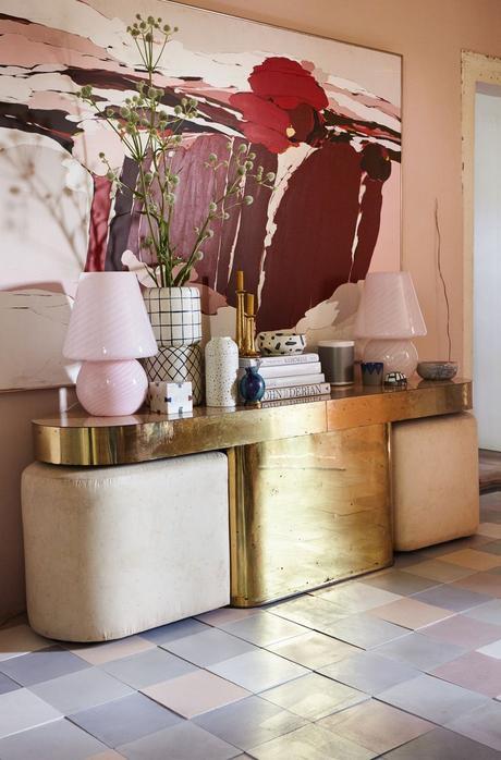 rose blush salon mobilier laiton carrelage bleu parme design vintage - blog déco - clem around the corner