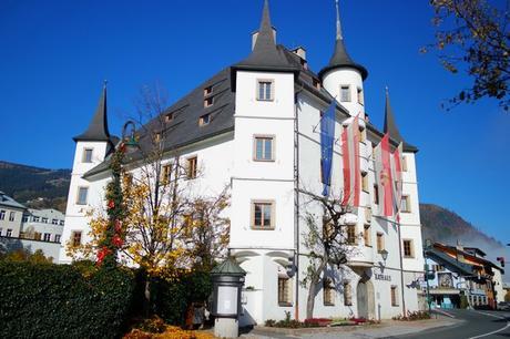 autriche salzbugerland zell am see village rathaus hôtel de ville