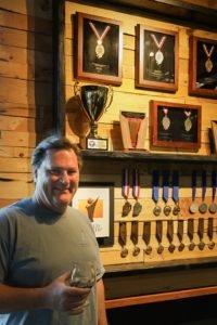 Info bière – Craft Beer dans le comté de North: Rip Current Brewing, lauréat de plusieurs prix, a un pedigree et des performances  – Bière brune