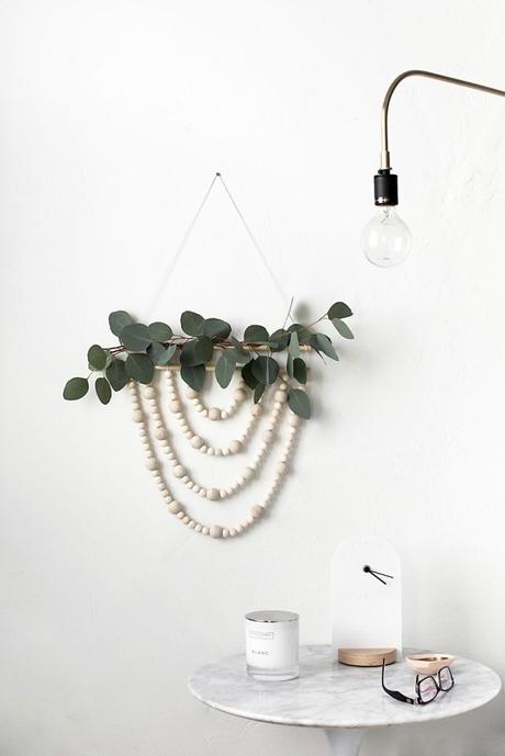 DIY slow living guirlande scandinave eucalyptus bois - blog déco - clem around the corner