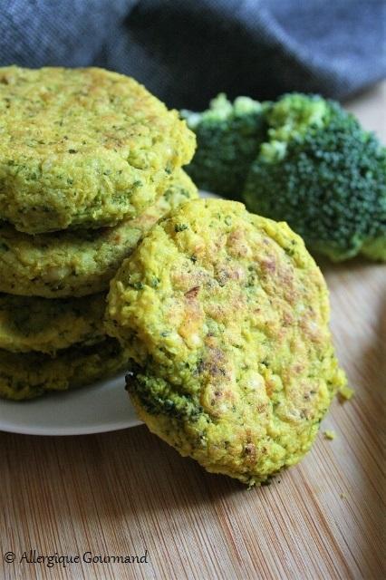 Galettes au brocoli aux épices thaï { sans gluten, sans lait, sans œufs }