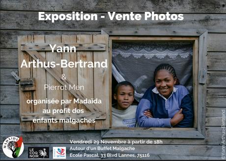 une exposition photo de Yann Arthus-et Pierrot Men