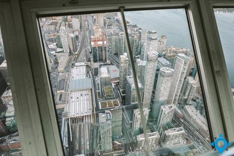 CN tower visiter Toronto