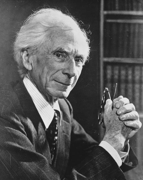 Les conséquences désastreuses de l'acceptation passive. ( Bertrand Russell )