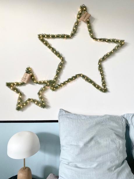 décorer ses murs sans percer noël chambre suspension étoile lumineuse sapin - clem around the corner