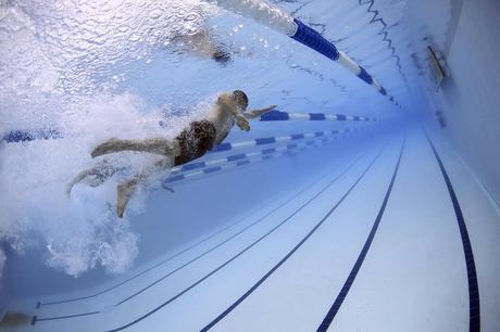 Comment nager avec une Apple Watch ?