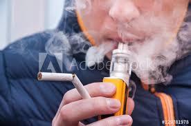 Nouvelles polémiques autour de l'utilisation de la cigarette électronique