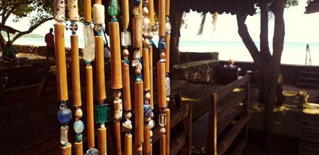 Hommage à l'océan, en perles et rideau par The Singing Beads