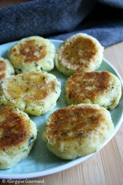 Croquettes de pommes de terre aux herbes aromatiques {sans gluten, sans lait, sans œufs}