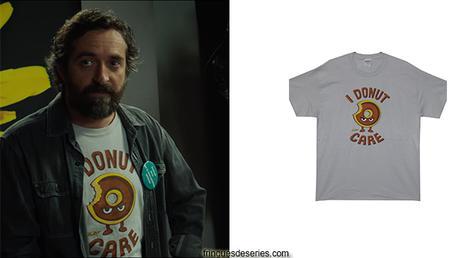MYTHO : le t-shirt I donut care de Patrick dans l'épisode 3