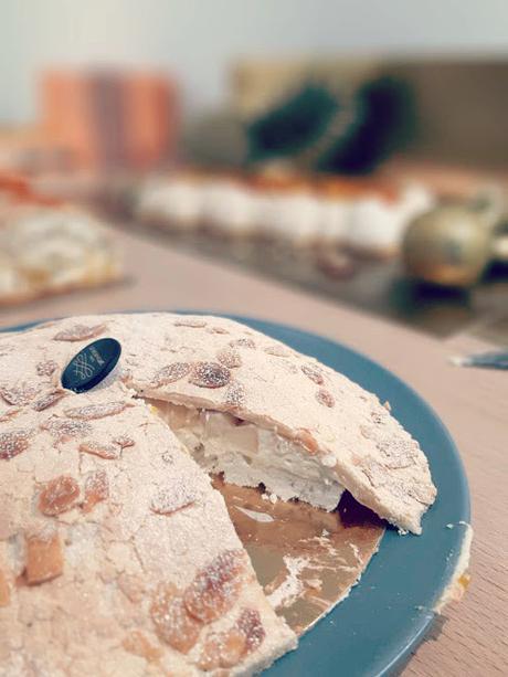 La Meringaie bûches de noël galette des rois pâtisserie noël 2019 épiphanie pavlova meringue