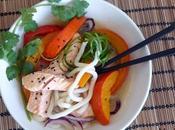 Soupe nouilles udon, saumon potimarron