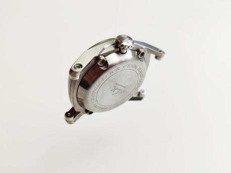 Anomaly-01 par CODE 41, jeune maison horlogère avant-gardiste