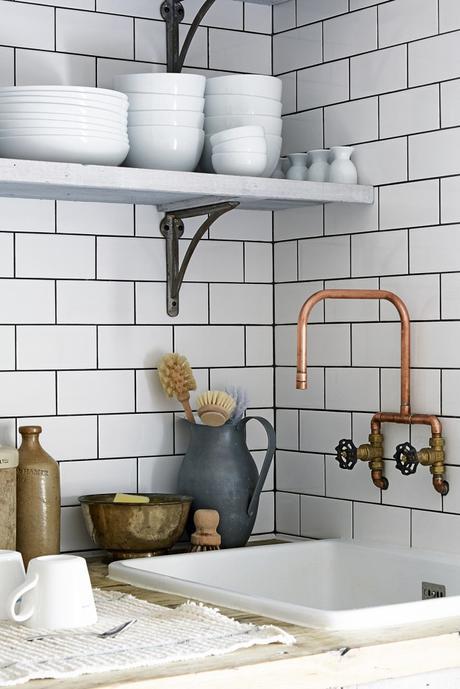 cuisine déco mélange moderne rustique robinet cuivre diy retro vintage