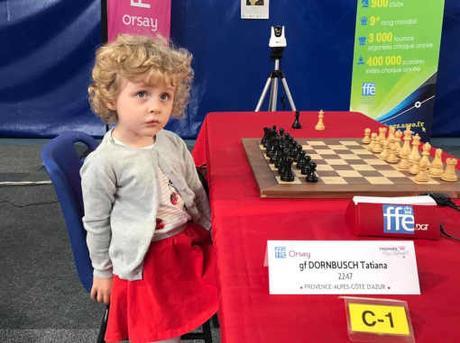 Anna Dornbusch a commencé à jouer aux échecs à 3 ans 1/2 - Photo © Échecs & Stratégie