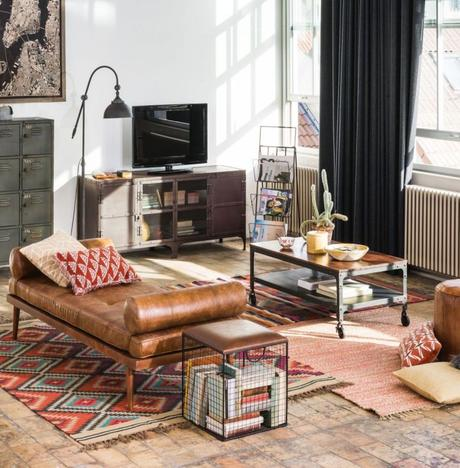 tapis colorés salon parquet bois banquette cuir marron studio industriel blog déco