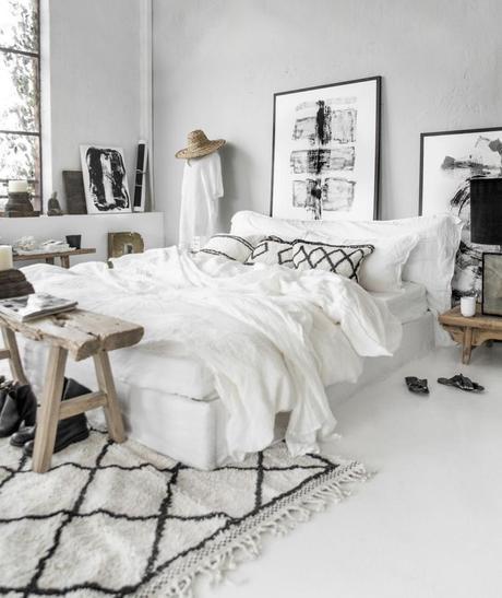 blog déco chambre blanche style scandinave banc bois rustique tapis berbère