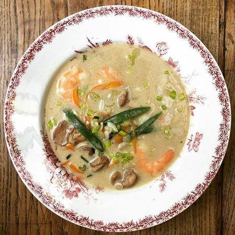 bouillon Thaï aux crevettes et poulet