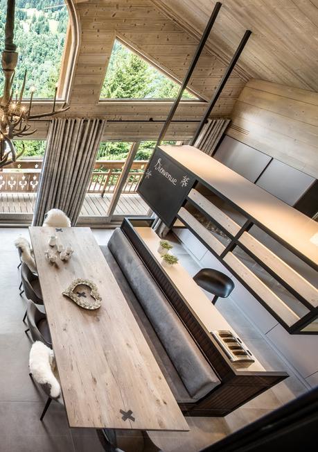 séjour cuisine ouverte bois béton fourrure baie vitrée blog déco