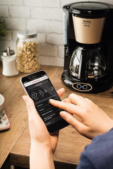 application machine à café cafetière kitchen - blog déco - décoration design clemaroundthecorner