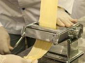 Retrouver présent l'Italie dans assiettes vous procurant d'une machine pâte électrique!