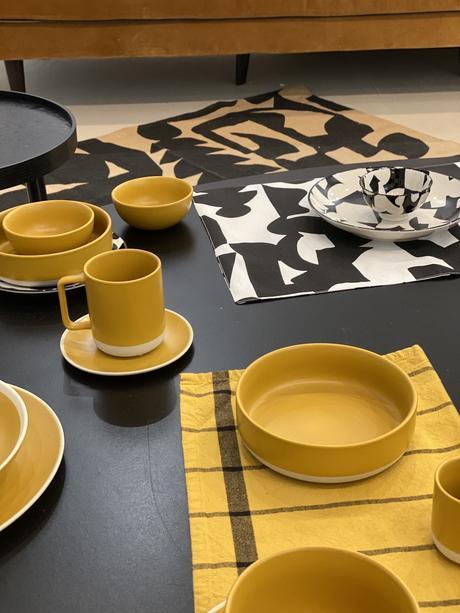 vaisselle noir jaune collaboration tendance décoration - blog déco - clematc