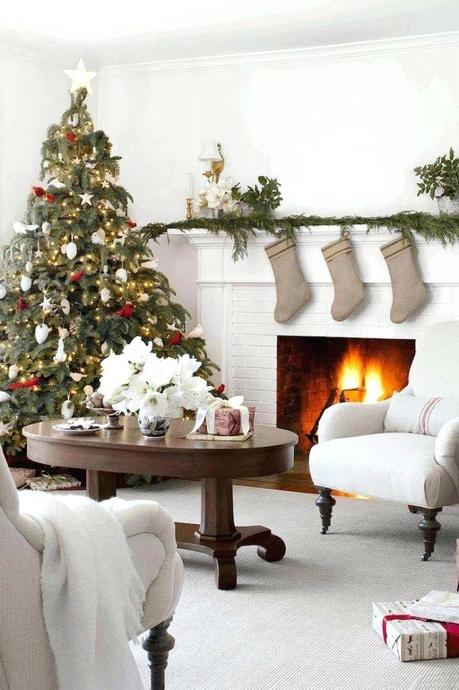 simple christmas decorations christmas decorations ideas to make at home
