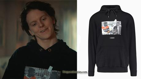 RAGNARÖK : Laurits's black « fresh prince » hoodie in S1E01