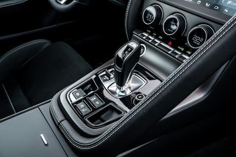 New Jaguar F-TYPE_R Coupé AWD_Sorrento Yellow-41