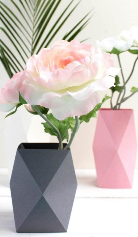 cache pot papier origami rose pastel gris clair blanc géométrie - blog déco - clem around the corner