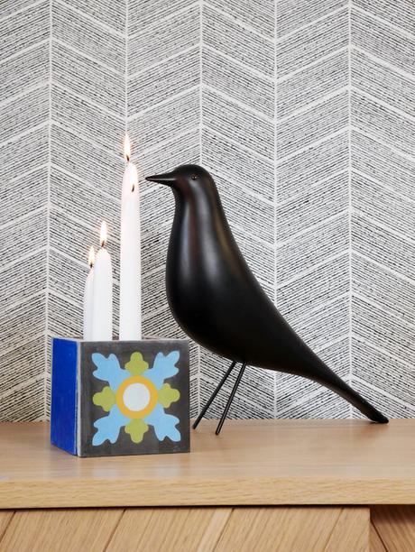 cache pot ciment noir bleu oiseau figurine bougie - blog déco - clem around the corner